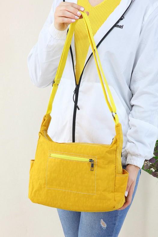 Sarı Kadın Çapraz Askılı Postacı Omuz Çantası Su Geçirmez Paraşüt Klinkır Kumaş İçi Astarlı 5193